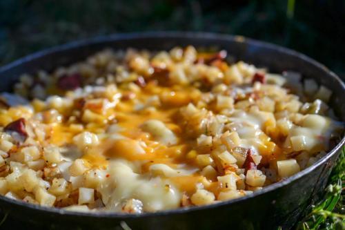 Cheesy potato hash
